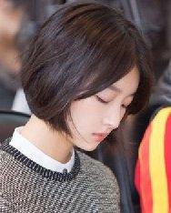 2015短发发型图片女 中分刘海短发显瘦