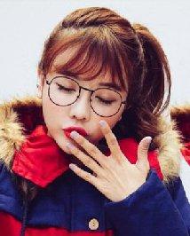 圆脸适合的发型图片 空气刘海时尚甜美发型