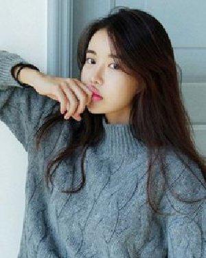长发姑娘冬季怎么穿毛衣 绝美的长发编发发型