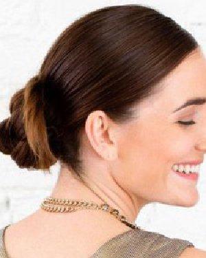 冬季长发怎么扎简单好看 DIY花苞头优雅气质发型