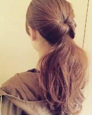 马尾辫的各种扎法图 秋冬美丽发型设计