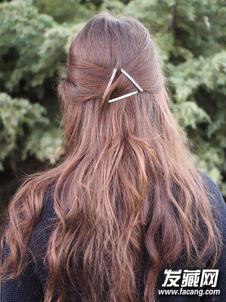寒冷的冬季背影一样也能很女神,学外国妹子们试试用发卡用凹造型吧,金图片