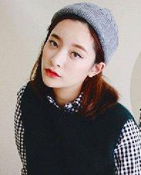 冬季帽子与发型搭配 清新的学生御姐范发型