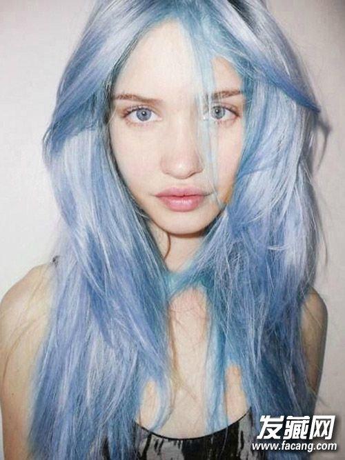 手绘美女蓝色长发