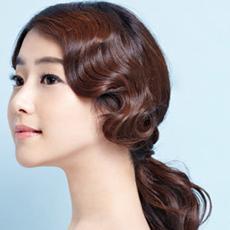 韩式马尾辫的扎法 古典唯美造型风情无限