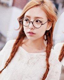 圆脸适合的编发发型 可爱的韩式圆脸编发发型