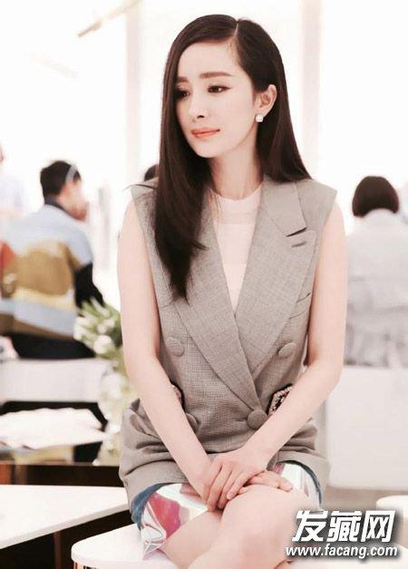 发型间自由切换女明星发型(4)  导读:【杨幂】 长长的 直发 ,十分小图片