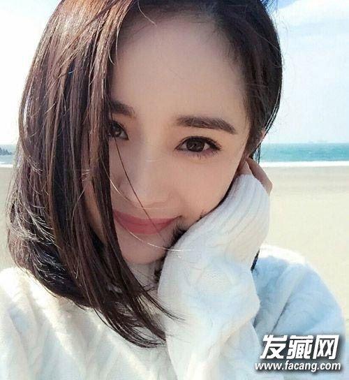 杨幂呆萌可爱的照片