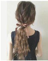编织马尾&花苞头发髻 女生喜爱的梦幻发型