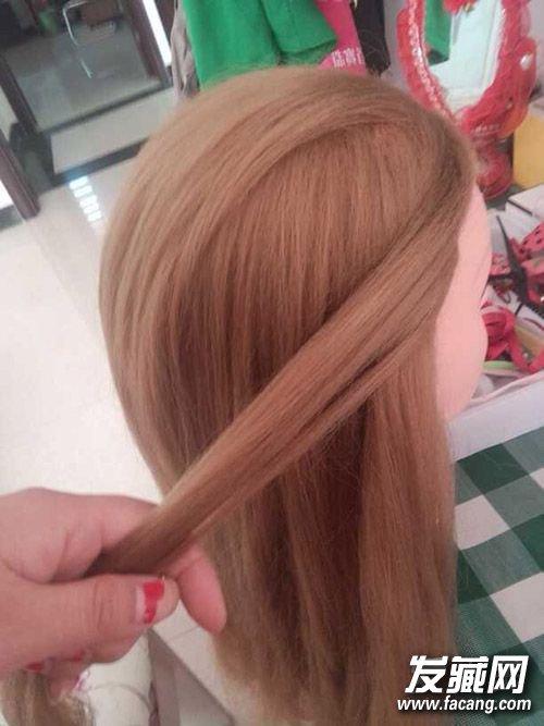 半扎编发才够味!长发妞必学的编织发型(2)图片