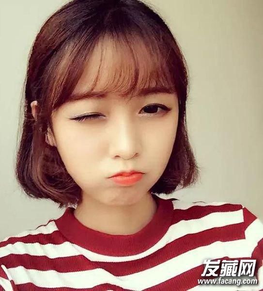 2016流行发型抢先看 三七中短发简单的偏分斜刘海 4