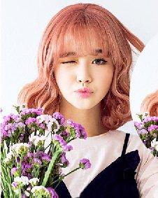 2016年流行什么短发 韩式可爱的蛋卷头发型