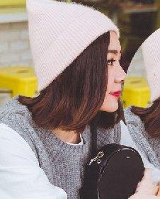 2016流行中短发图片 清爽的露额短发发型