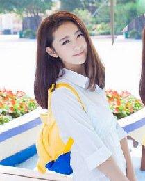 韩式齐肩直发发型 柔顺的中分齐肩直发
