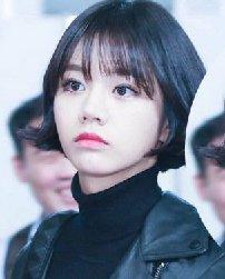 时尚韩式中短卷发发型 空气刘海圆脸中短发梨花
