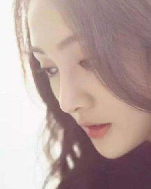 郑爽杨紫+胖迪 90后称霸娱乐圈发型PK谁最美
