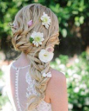 新娘发型 头发多短都能找到适合自己的