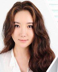 发型和脸型的正确配法 选对了瘦脸又减龄