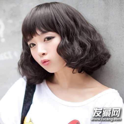 加点清新刘海,2016中短发烫发也能青春可爱图片