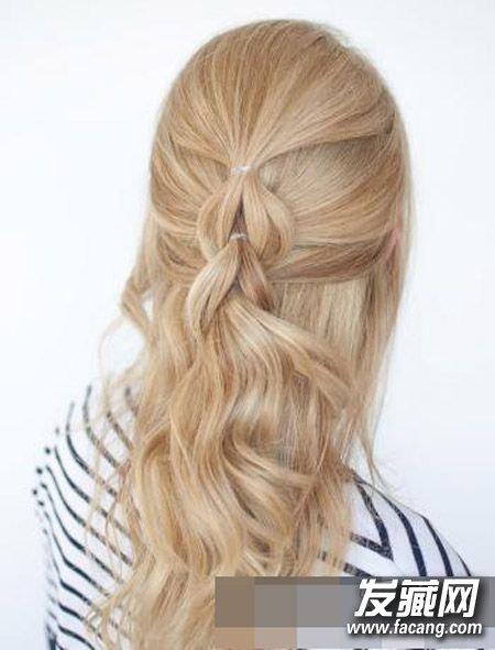 发型网 发型diy 编发教程 > 春季出游怎么扎头发好看 简单好看的编发图片