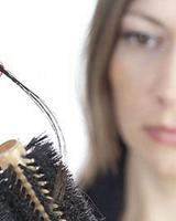 春季头发掉的厉害?春季脱发怎么办