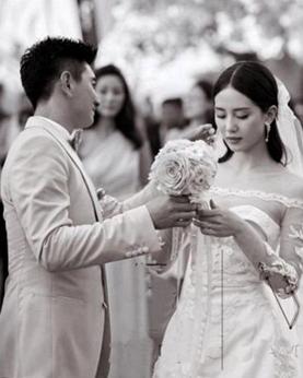 户外婚礼适合的发型 适合户外婚礼的小清新发型