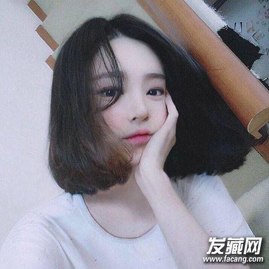 中分 波波头发型 ,露额短发尽显脸型优势图片