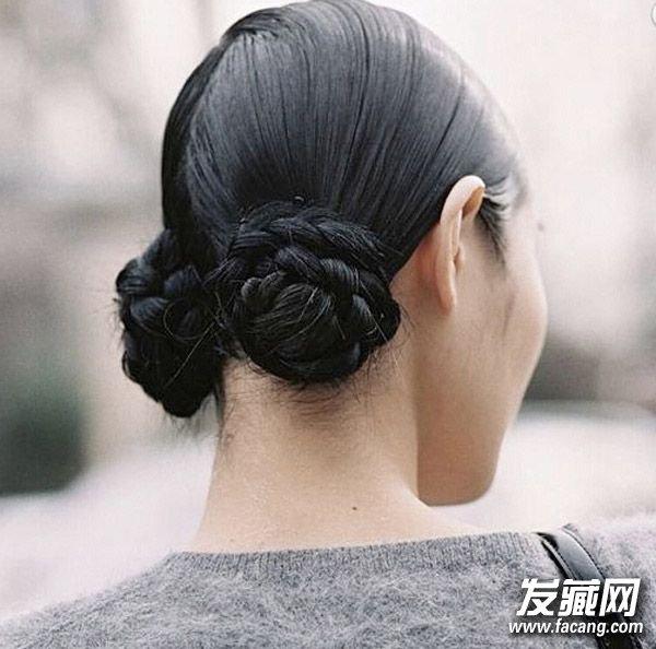 包子头发型梳法图解
