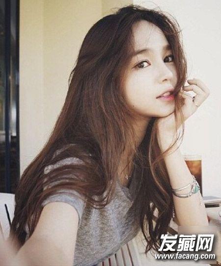刘涛变身高 →林允儿快本造型 长卷发的她比古装好看多了 →巧用辫子