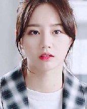 """韩国女星的扮嫩秘诀 """"心机""""碎发刘海发型设计"""