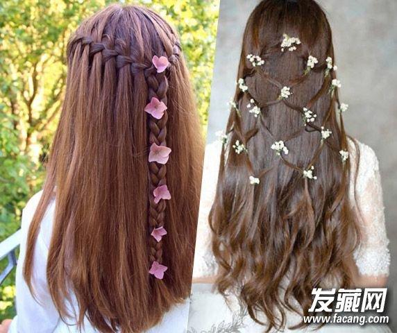 夏天各种小清新风格的编发可是女生的最爱呢,简单编发搭配花朵发饰更是美翻了呢!快跟小编一起来DIY一下吧。   第一款:    Step 1:用电卷棒将头发烫卷曲,让头发更加蓬松自然。   Step 2:从一侧前额开始间隔一小段距离取两小束头发在同一个位置打两个结。    Step 3:按照第一个结的高度绕着头顶一圈都打好结。   Step 4:接着在第一层结的下方再打一圈结。
