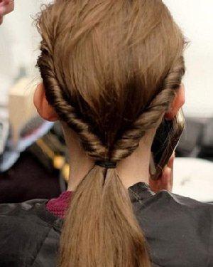 长发弄什么发型好看 风靡时尚圈的10款长发造型