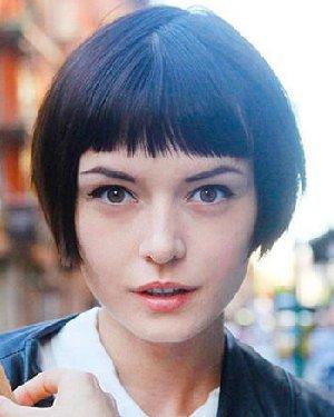 女生超短发型 换中性风超短发清爽过夏天! (300x375)图片