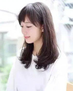 学生妹适合的烫发发型 学生适合的发型