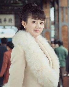 袁姗姗赵丽颖杨紫 中分长刘海造型更显成熟