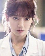 朴信惠26岁还在演学生妹?朴信惠学生造型