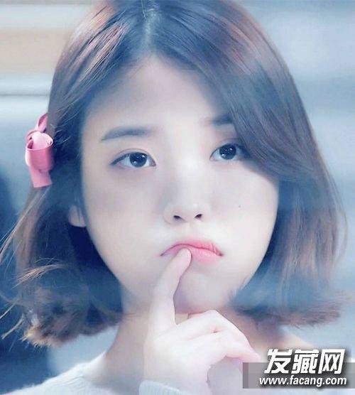 李智恩短发图片(5)  导读:刘海扎起,梳个大热的丸子头,可爱俏皮.