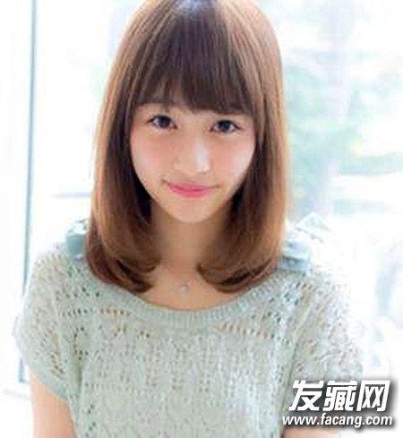 8款瘦脸发型重塑小v脸(5)  导读:平刘海齐肩 直发 ,两侧的头发非常图片