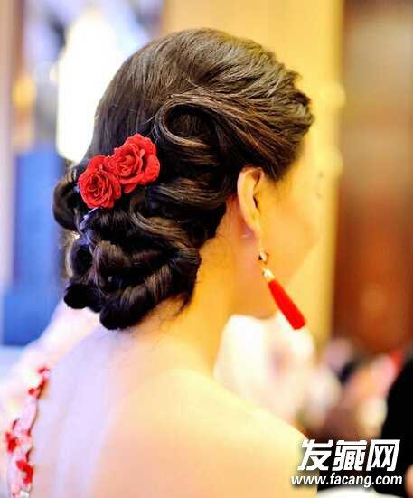 中式新娘发型盘发复古喜庆美美的