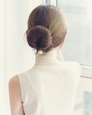 优雅典雅的珍珠盘发器步骤图解