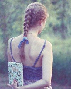 马尾辫&包包头 4款可爱简单编发发型