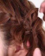 夏日发型DIY之蛋卷头钩花辫  怎么用头发钩花