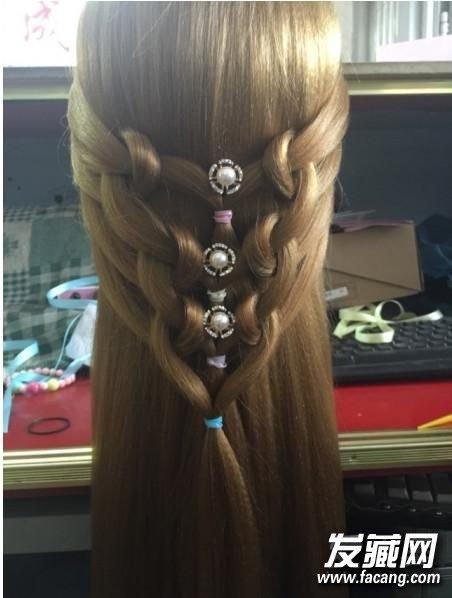 时尚公主头扎法图解 简单diy变身花仙子 时尚公主发型扎法
