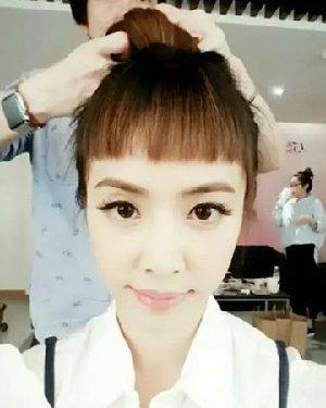 妹妹刘海 丸子头流行 二次元发型图片