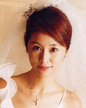 新娘发型大猜想 林心如婚纱照