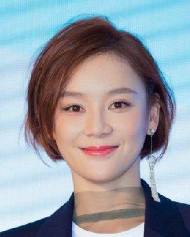 《黑粉》袁姗姗 颜值不够的她靠发型美过徐贤!