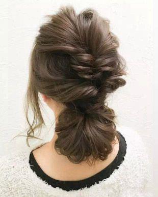 适合夏季的优雅扎发 马尾辫&盘发你更喜欢哪一款