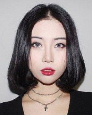短头发发型图片女 女生短发发型图片
