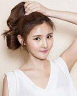 简约韩式丸子头步骤展示,甜美清爽超美丽
