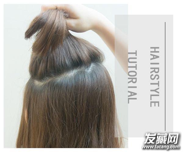 step 1 取头顶上的一部分头发,抓取头 →五分钟短发打理教程 不知道
